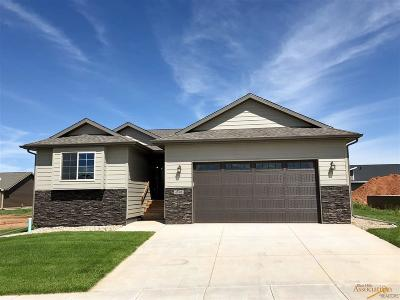 Rapid City Single Family Home For Sale: 4528 Lahinch St