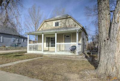 Single Family Home U/C Contingency: 230 Adams