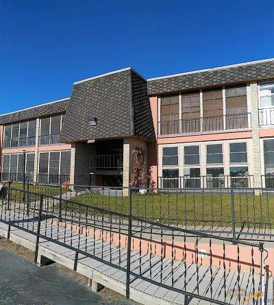 Rapid City, Box Elder, Piedmont, Black Hawk, Hermosa, Summerset, New Underwood Condo/Townhouse For Sale: 232 E Philadelphia