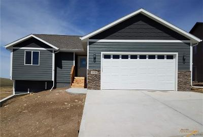 Rapid City Single Family Home For Sale: 5326 Darian St