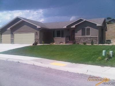 Rapid City Single Family Home For Sale: 504 Middle Valley Dr