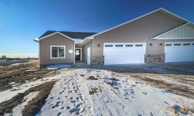 Rapid City Condo/Townhouse For Sale: 3037 Hoefer Ave