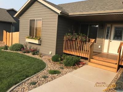 Summerset Single Family Home For Sale: 7992 Steamboat Rd