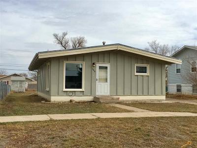 Rapid City, Box Elder, Piedmont, Black Hawk, Hermosa, Summerset, New Underwood Single Family Home U/C Contingency: 646 Holcomb Ave