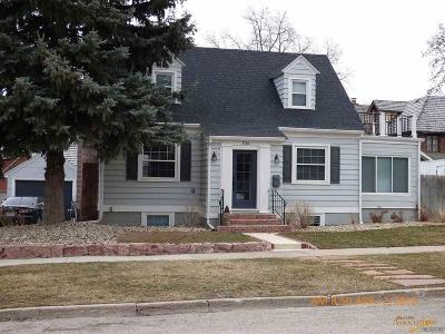 Rapid City Single Family Home For Sale: 1116 11th