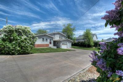 Rapid City Single Family Home For Sale: 210 32nd