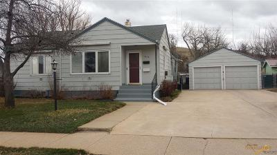 Rapid City Single Family Home U/C Contingency: 1816 Central Blvd