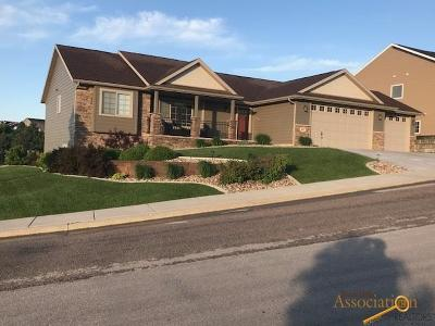 Rapid City Single Family Home For Sale: 401 Enchanted Pines Dr