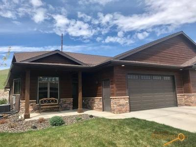 Rapid City Condo/Townhouse For Sale: 1140 Settlers Creek Pl