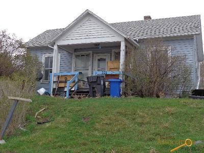Single Family Home U/C Take Back Ups: 221 Quincy