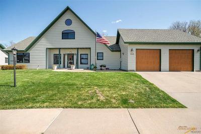 Sturgis Single Family Home For Sale: 183 Oak Grove