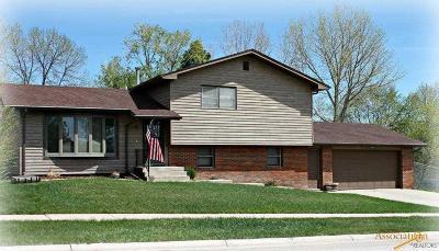 Rapid City Single Family Home For Sale: 8 Texas