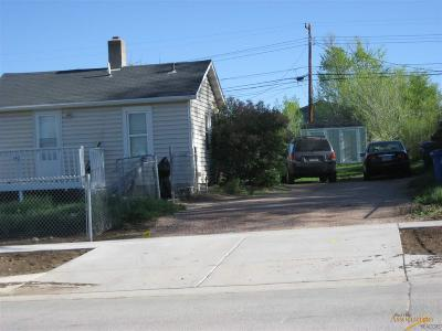 Rapid City, Box Elder, Piedmont, Black Hawk, Hermosa, Summerset, New Underwood Multi Family Home For Sale: 142 Anamosa