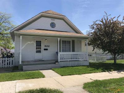 Rapid City Single Family Home For Sale: 822 Farlow Ave
