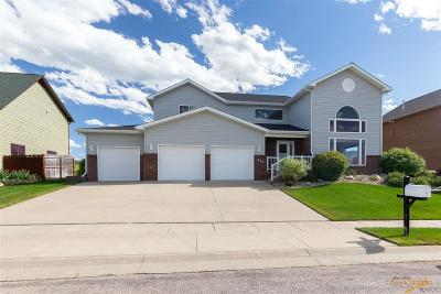 Spearfish Single Family Home For Sale: 633 Maple Ave