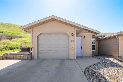 Spearfish, Deadwood/central City, Deadwood, Strugis, Whitewood, Belle Fourche, Spearfish Canyon Condo/Townhouse For Sale: 714 S 34th St