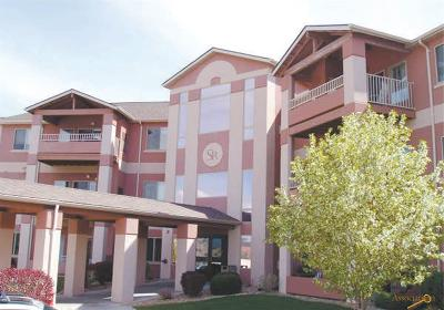 Rapid City Condo/Townhouse For Sale: 3600 Sheridan Lake Rd