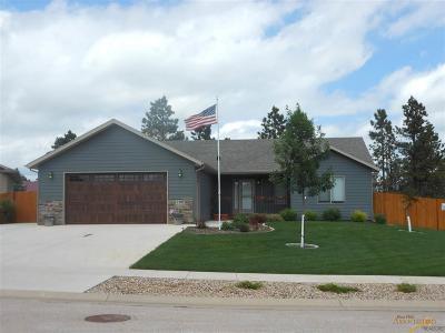 Summerset Single Family Home For Sale: 7395 Castlewood Dr