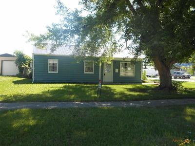 Rapid City Single Family Home For Sale: 2124 Ivy Ave