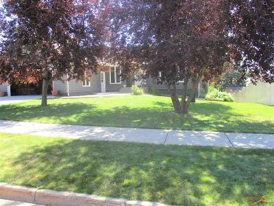 Rapid City Single Family Home For Sale: 638 Westwind Dr