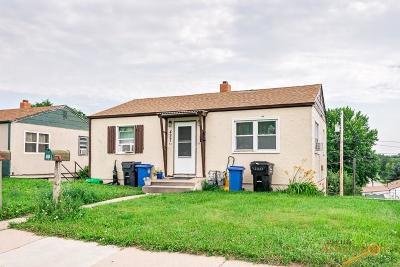 Rapid City Multi Family Home For Sale: 427 E St Patrick