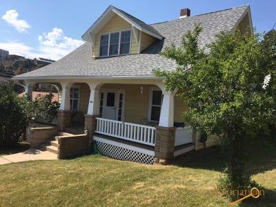 Lead Multi Family Home For Sale: 303 & 303 1/2