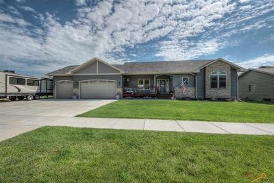 Summerset Single Family Home For Sale: 7270 Castlewood Dr