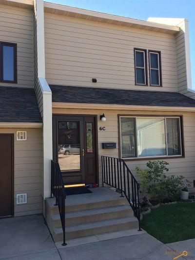 Rapid City Condo/Townhouse For Sale: 235 South Canyon Rd