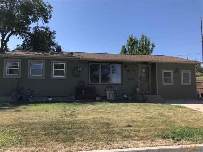 Rapid City Single Family Home For Sale: 2507 Maple Ave