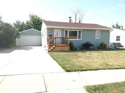 Rapid City Single Family Home For Sale: 1705 Tepee