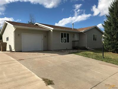 Single Family Home U/C Contingency: 2097 Meadow Lane