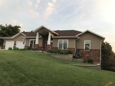 Rapid City Single Family Home U/C Contingency: 522 Enchanted Pines Dr