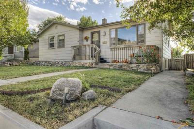 Rapid City, Hermosa, Box Elder, Black Hawk, Rapid Valley, Summerset, Piedmont, Piedmont Valley Single Family Home For Sale: 1701 Lodge