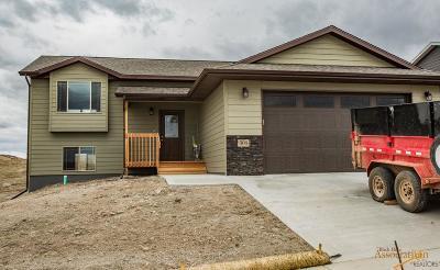 Rapid City Single Family Home U/C Contingency: 317 Giants Dr