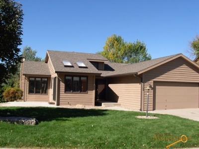 Rapid City Single Family Home U/C Contingency: 4768 Ridgecrest Ct
