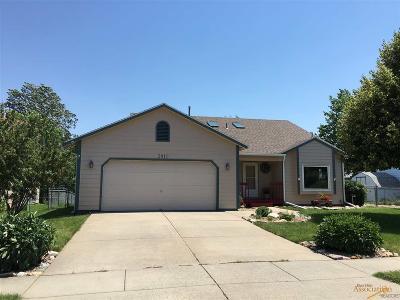 Rapid City Single Family Home For Sale: 3910 Minnesota Pl