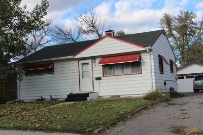 Rapid City Single Family Home For Sale: 922 Joy Ave