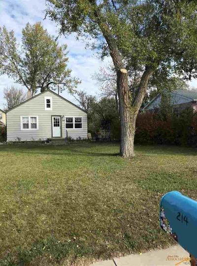 Single Family Home U/C Contingency: 214 E Monroe