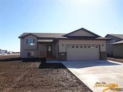 Rapid City Single Family Home For Sale: 16 Giants Dr