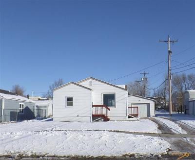 Single Family Home For Sale: 716 N Spruce