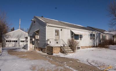 Rapid City, Box Elder, Piedmont, Black Hawk, Hermosa, Summerset, New Underwood Single Family Home For Sale: 314 St Charles