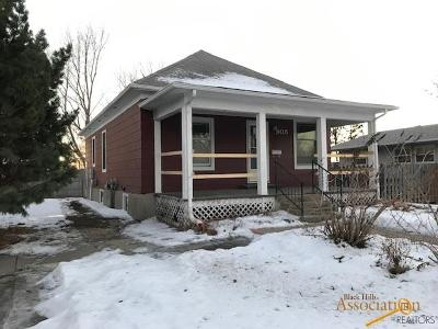 Single Family Home For Sale: 905 E Capital