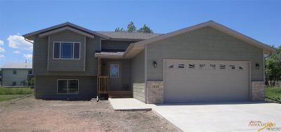 Rapid City Single Family Home For Sale: 15 Giants Dr