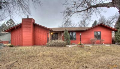 Rapid City Single Family Home U/C Contingency: 4821 Riva Ridge Rd