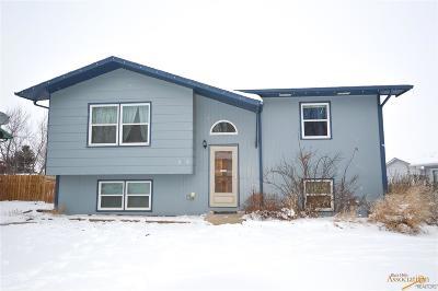Single Family Home For Sale: 3916 Oiler Ln
