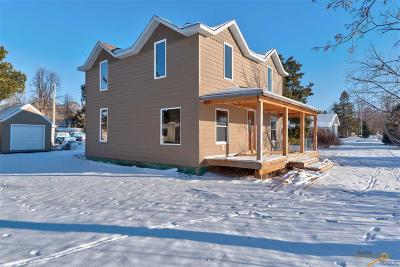 Spearfish Single Family Home For Sale: 1520 N Canyon