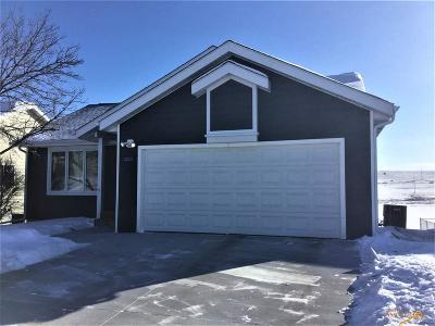 Rapid City Single Family Home U/C Contingency: 1111 Field View Dr