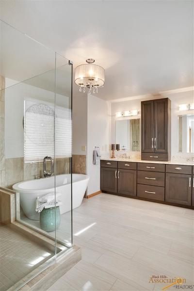 Rapid City Single Family Home U/C Contingency: 5025 Stoney Creek Dr