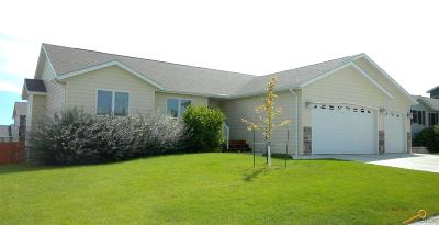 Rapid City Single Family Home For Sale: 4372 Fieldstone Dr