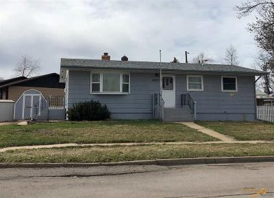Single Family Home U/C Contingency: 2207 38th